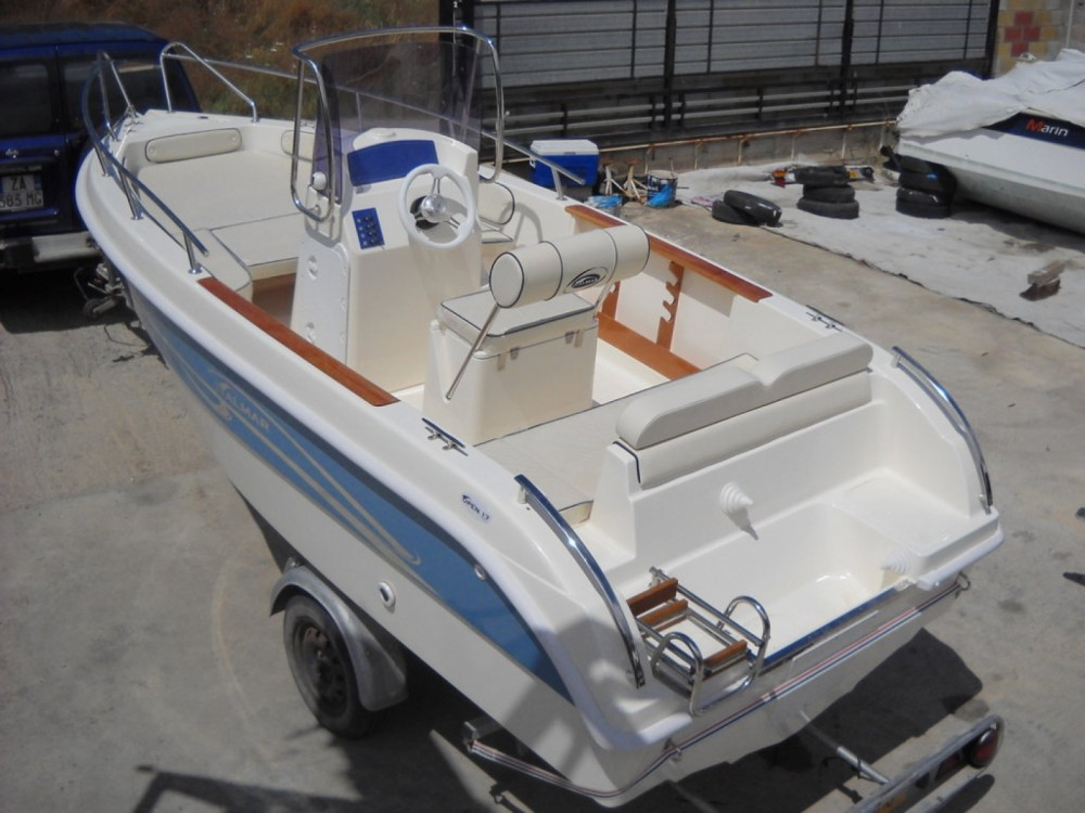 Rental Motor boat Italmar with a permit