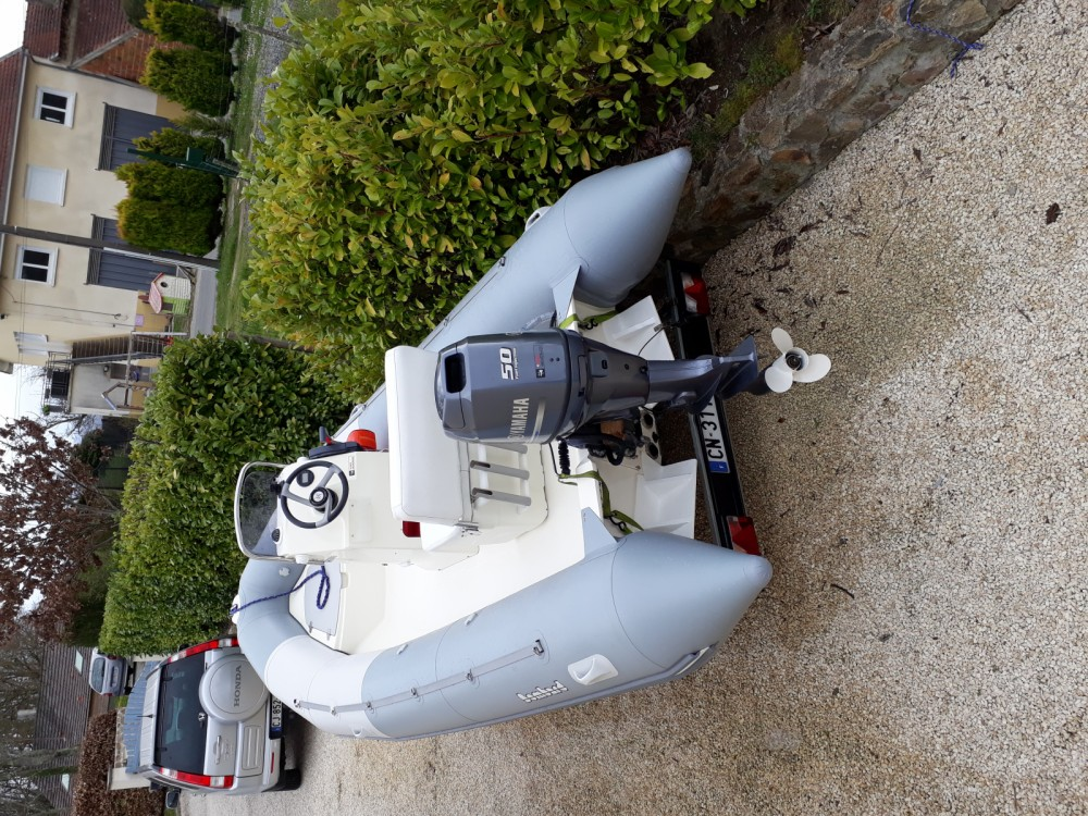 Rental yacht Le Verdon-sur-Mer - Bombard Ribster 500 on SamBoat
