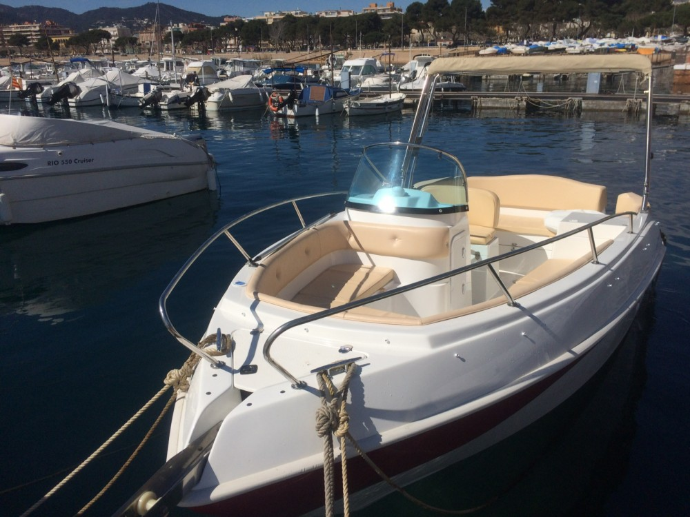 Hire Motor boat with or without skipper Marinello Sant Amanç