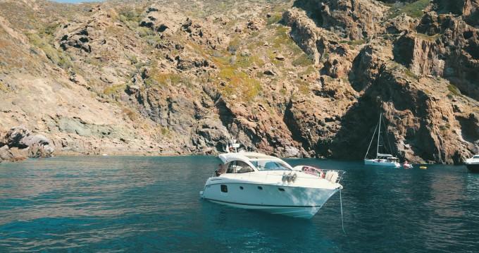Rental Motorboat Prestige with a permit