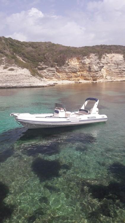Boat rental Lomac Lomac 675 IN in Bonifacio on Samboat