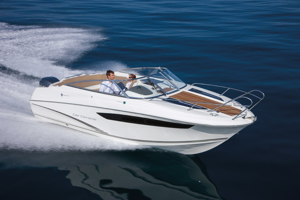 Hire Motor boat with or without skipper Jeanneau Hyères
