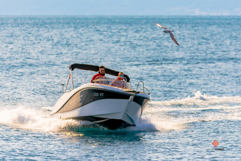 Hire Motor boat with or without skipper Okiboats Split