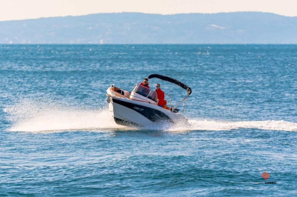 Rent a Okiboats Barracuda 545 Open Split