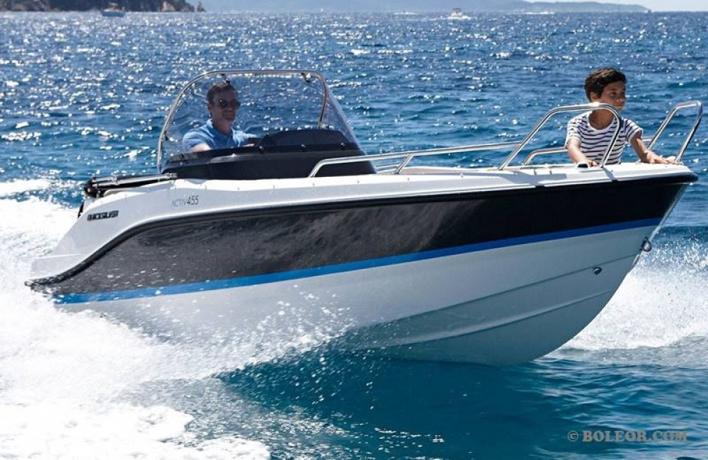 Boat rental  cheap B455 'Theia' (no licence)