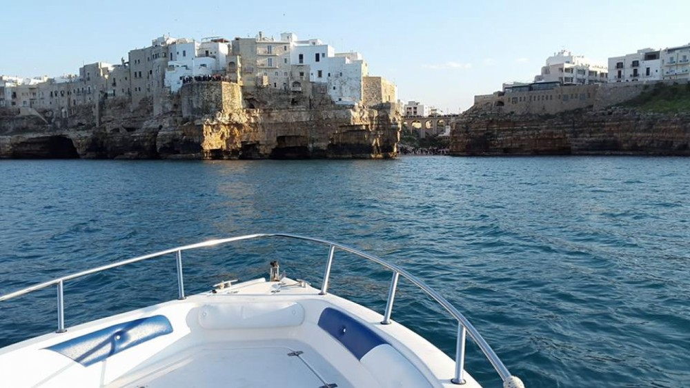 Hire Motor boat with or without skipper Mano Marine Polignano a Mare