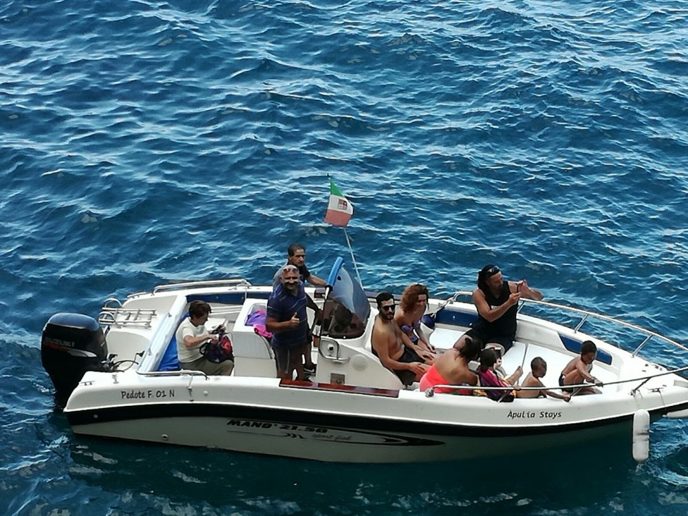 Rental Motor boat in Polignano a Mare - Mano Marine 21.50 Sport Fish