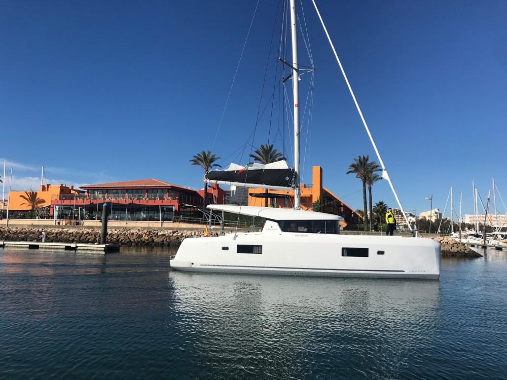 Boat rental Cartagena cheap Lagoon 42