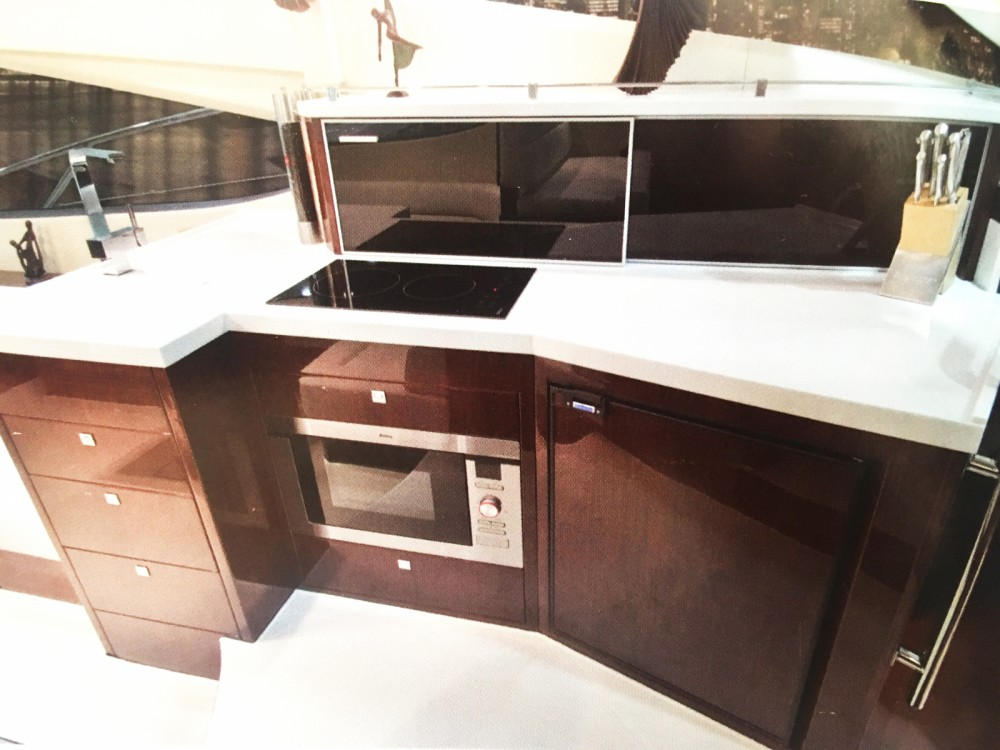 Boat rental Galeon Galeon 380 Fly in Cannes on Samboat