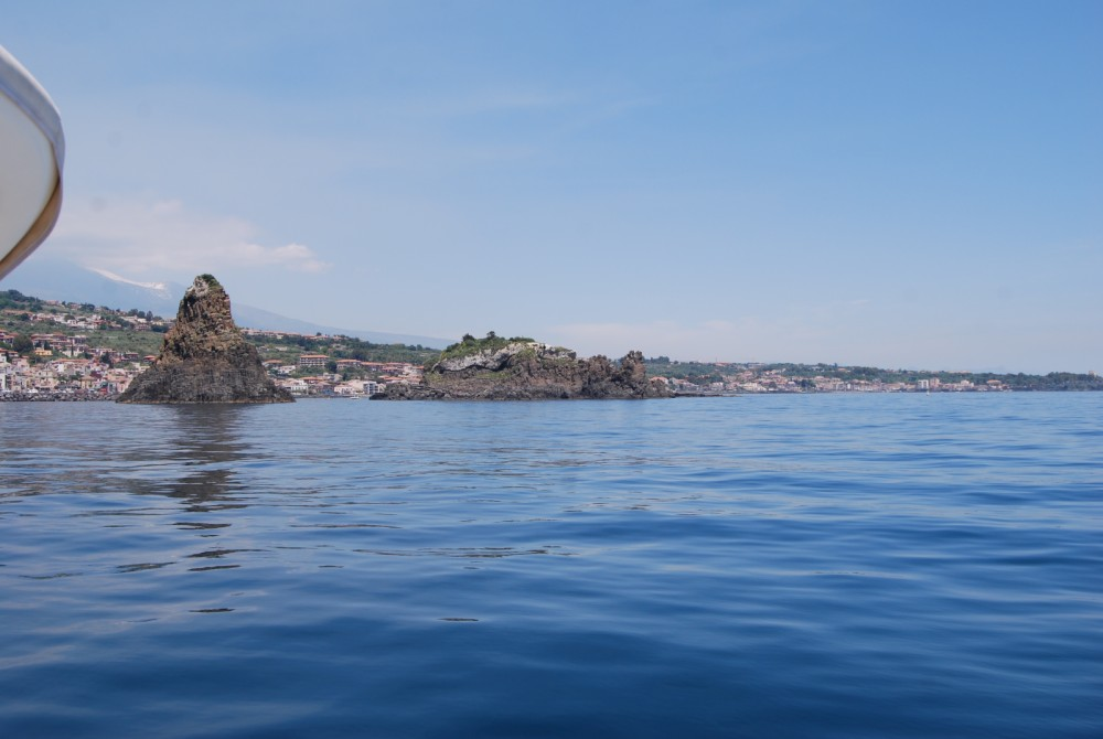 Hire Motor boat with or without skipper Innovazione e Progetti Riposto
