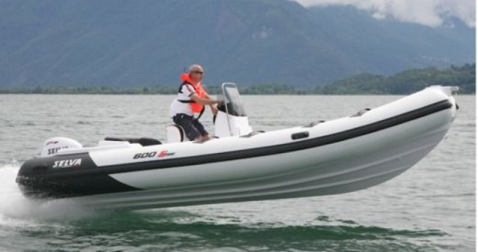 Boat rental Selva Selva D600 Special in Pianottoli-Caldarello on Samboat
