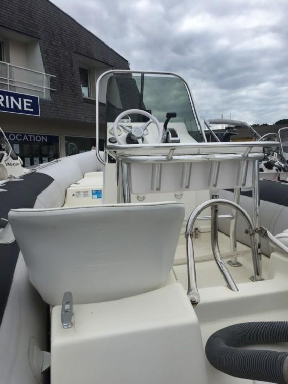 Rental yacht Séné - Zodiac Pro 550 on SamBoat
