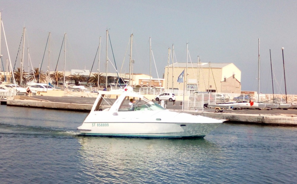 Hire Motorboat with or without skipper Bénéteau Canet-en-Roussillon