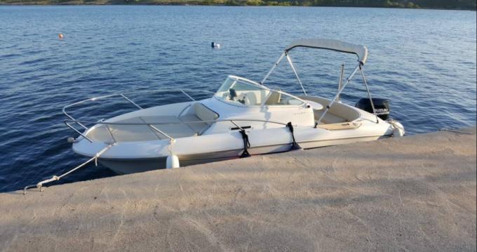 Boat rental Bénéteau Flyer 650 Sun Deck in Novi Vinodolski on Samboat