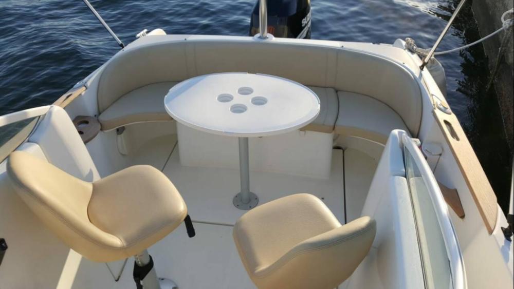 Hire Motor boat with or without skipper Bénéteau Novi Vinodolski