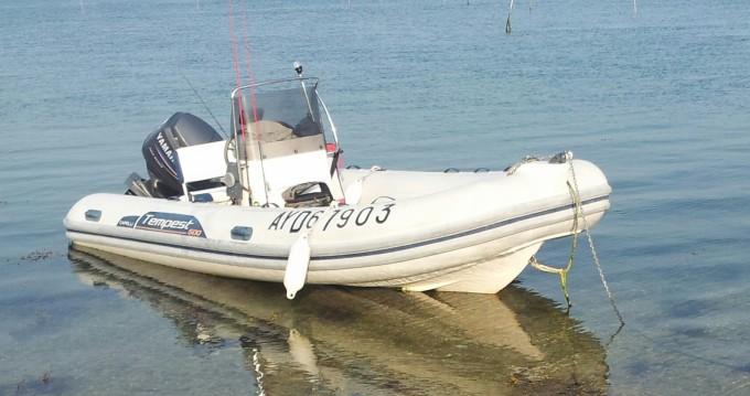 Boat rental Arradon cheap Tempest 500