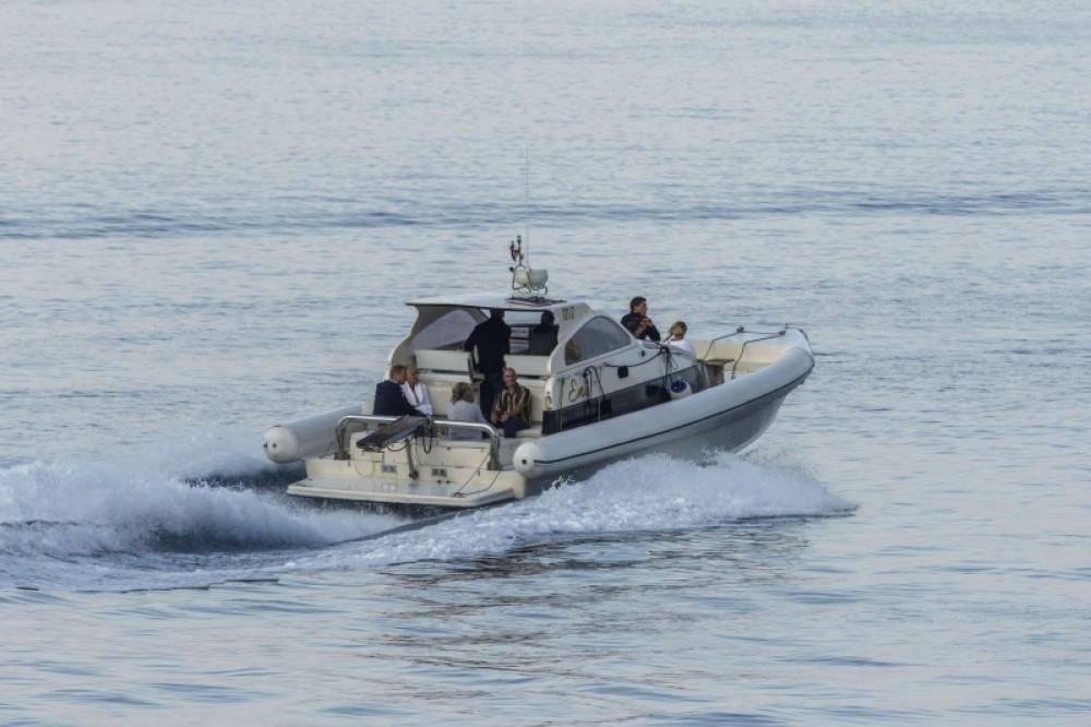 Rental yacht Split - Lomac Airone40 on SamBoat