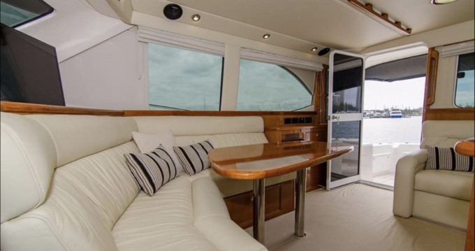 Rental yacht Naples - Riviera 47 on SamBoat