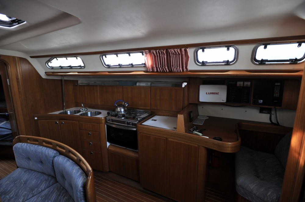 Boat rental X-Yachts X-412 in Loctudy on Samboat