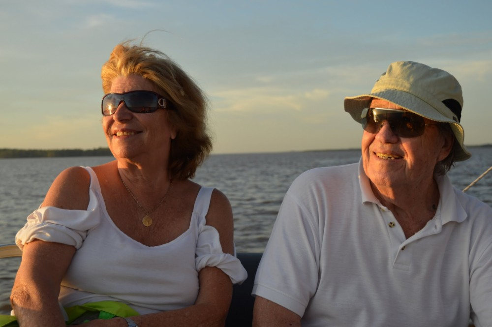 Rental Motor boat Avalon with a permit