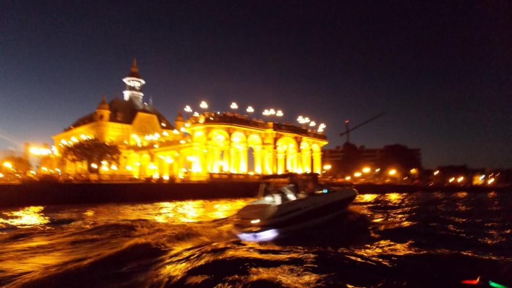 Boat rental Avalon X3 Elite in Tigre on Samboat
