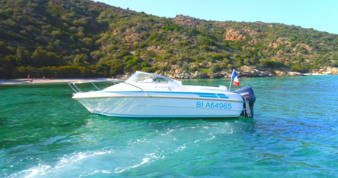 Jeanneau Leader 545 between personal and professional Saint-Florent