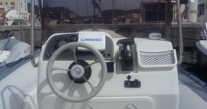 Rent a Lomac Lomac 675 IN Bonifacio