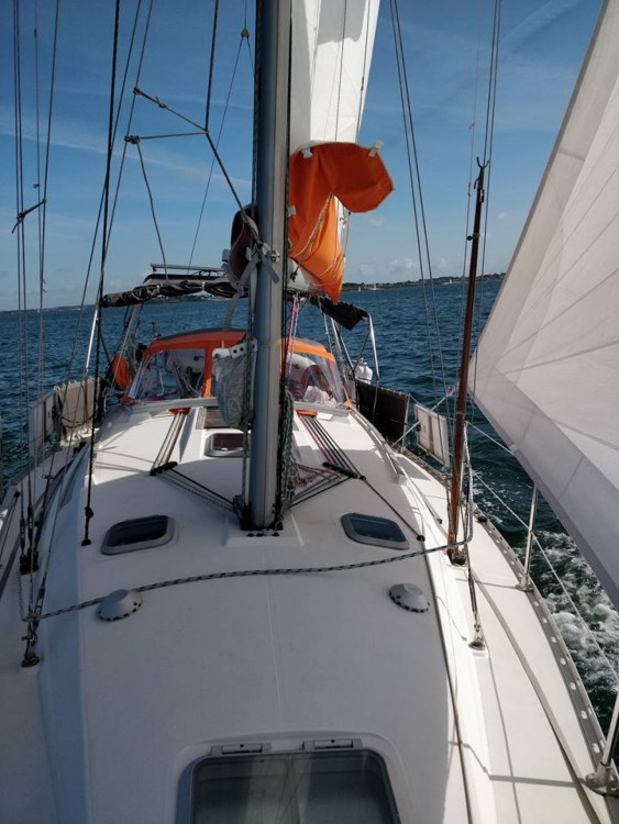 Hire Sailboat with or without skipper Jeanneau Port Navalo