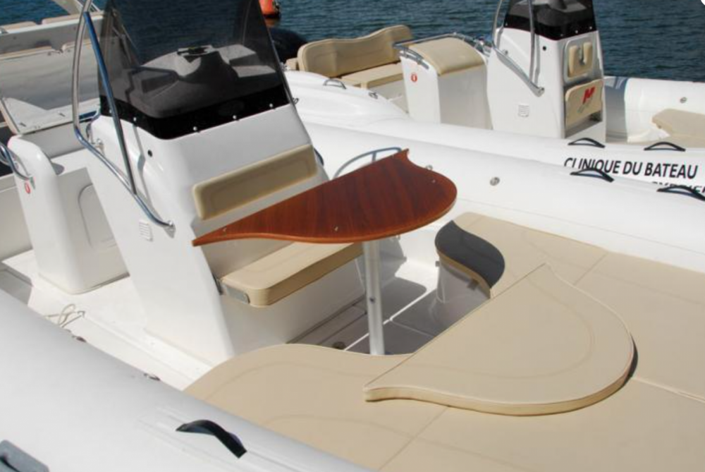 Boat rental Saint-Cyprien cheap Blackfin 25 Elegance