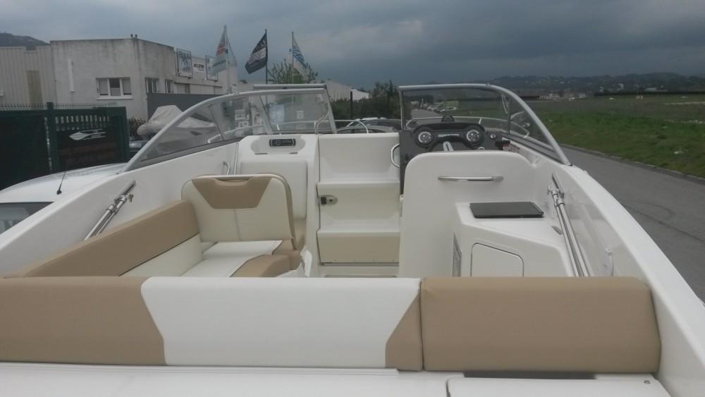Rental Motor boat in Mandelieu-la-Napoule - Bayliner Bayliner 742 Cuddy