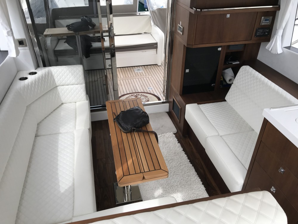 Rent a Galeon Galeon 380 Fly Cannes