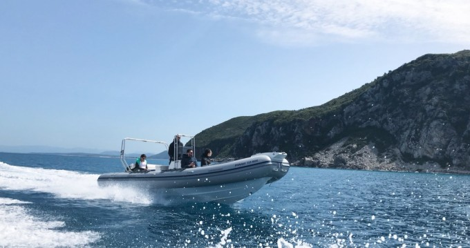 Hire RIB with or without skipper Mondial Marine Lefkada (Island)