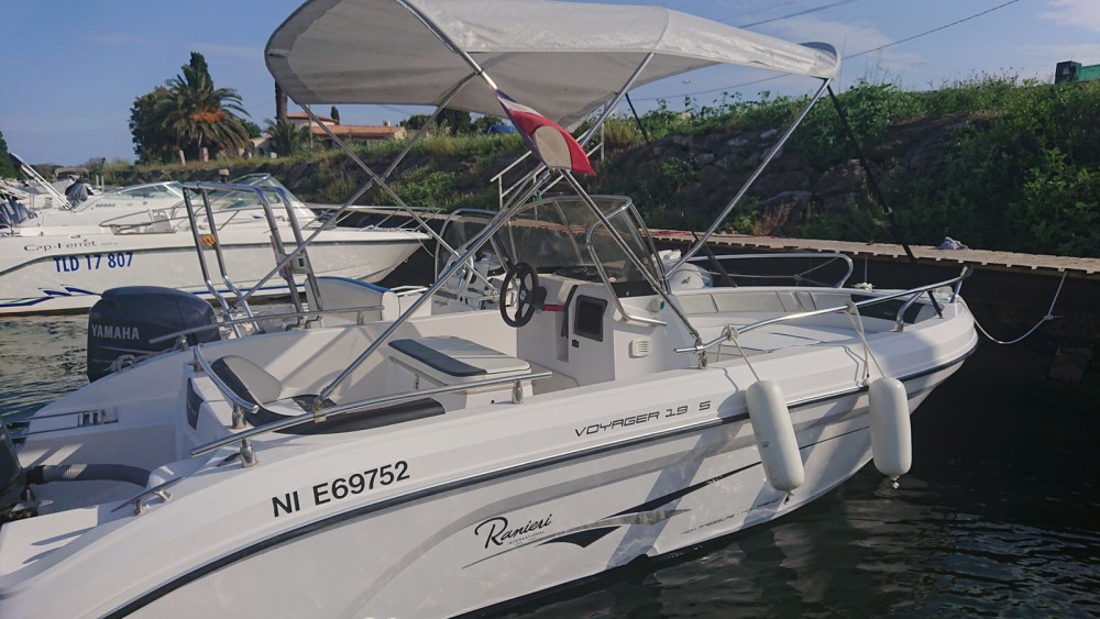 Ranieri Voyager 19 S between personal and professional Hyères