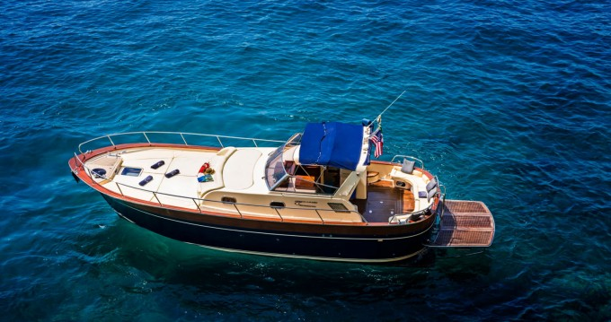 Hire Motorboat with or without skipper Jeranto 11 Positano