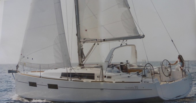 Hire Sailboat with or without skipper Bénéteau Arzon