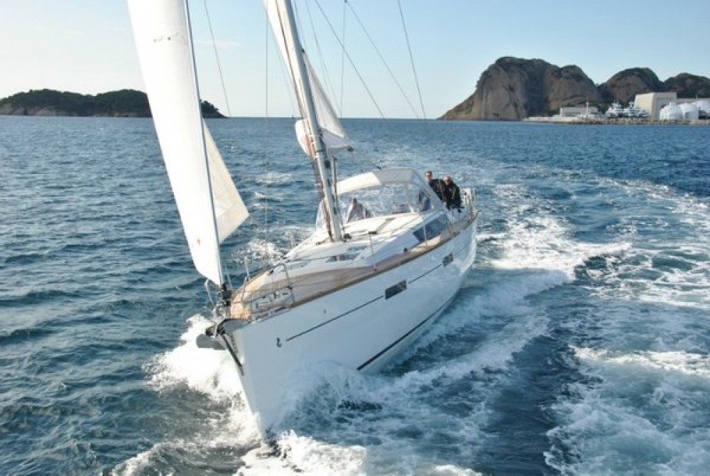 Boat rental Bénéteau Oceanis 45 in Croatia on Samboat