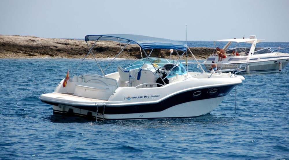 Motor boat for rent Torrevieja at the best price