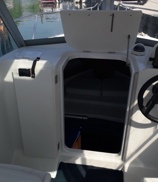Boat rental Bénéteau Antares 600 in Split on Samboat