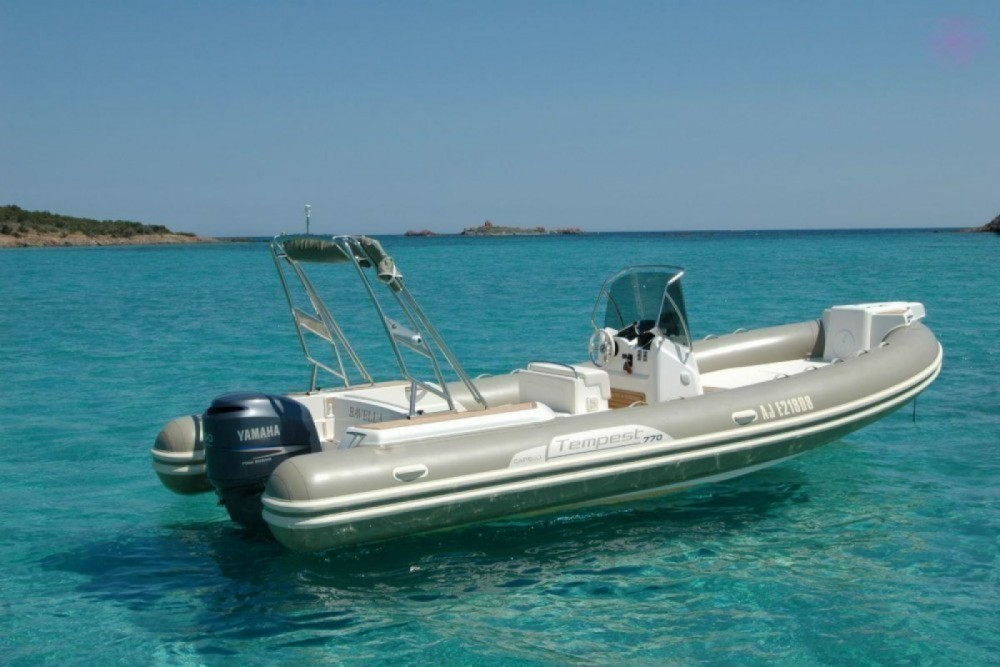 Boat rental  cheap Tempest 770
