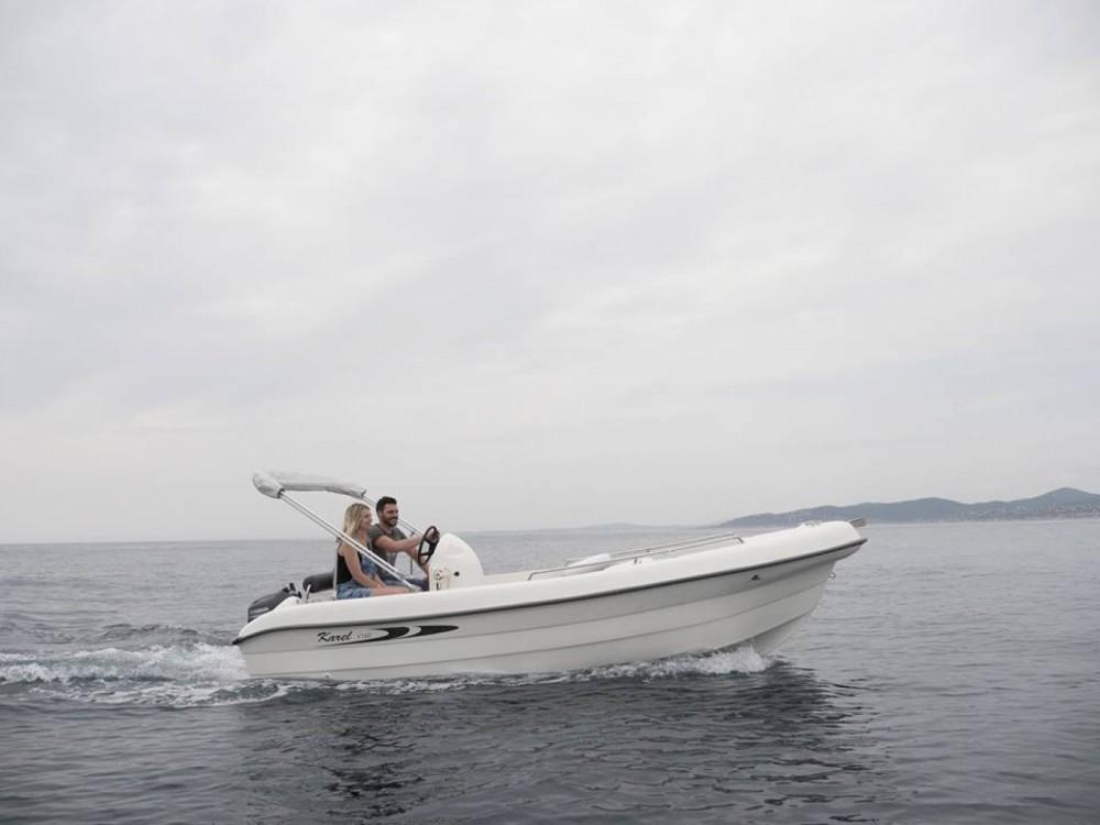 Boat rental Karel V160 in Saint-Raphaël on Samboat