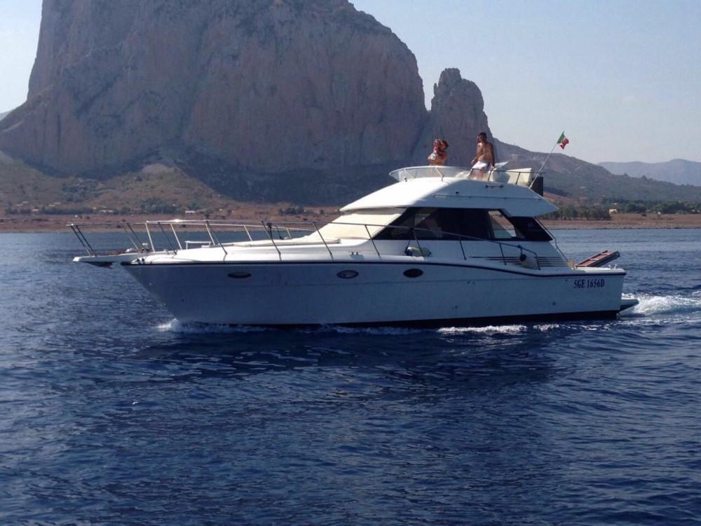 Boat rental Uniesse 44 in Trapani on Samboat