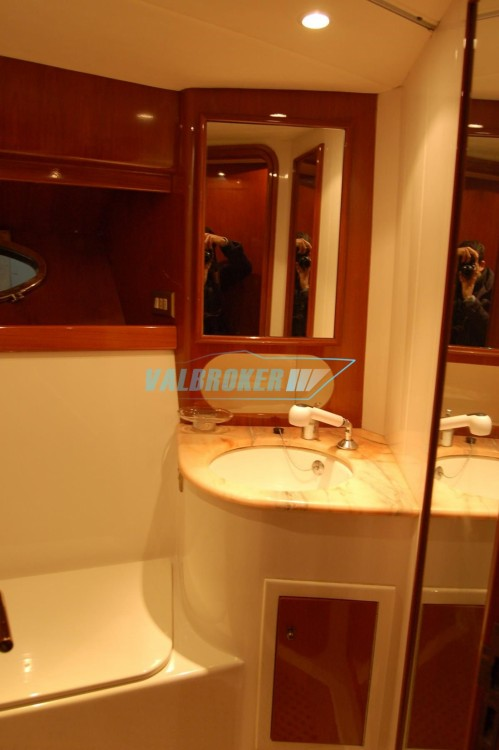 Uniesse 44 between personal and professional Trapani