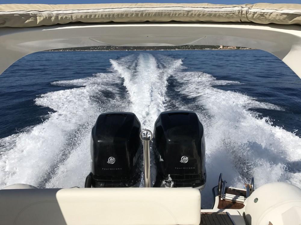 Rental yacht Cannes - Nuova Jolly Prince 28 WA on SamBoat