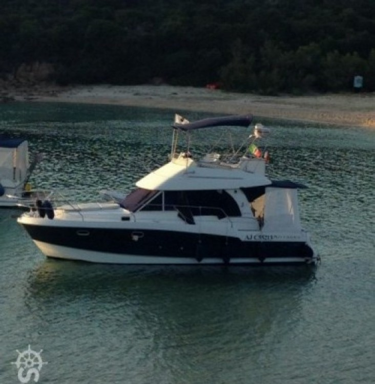 Motorboat for rent Ajaccio at the best price