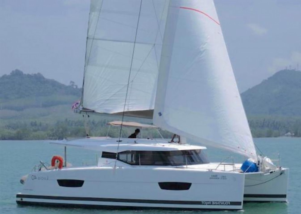 Boat rental Phuket cheap Lucia 40