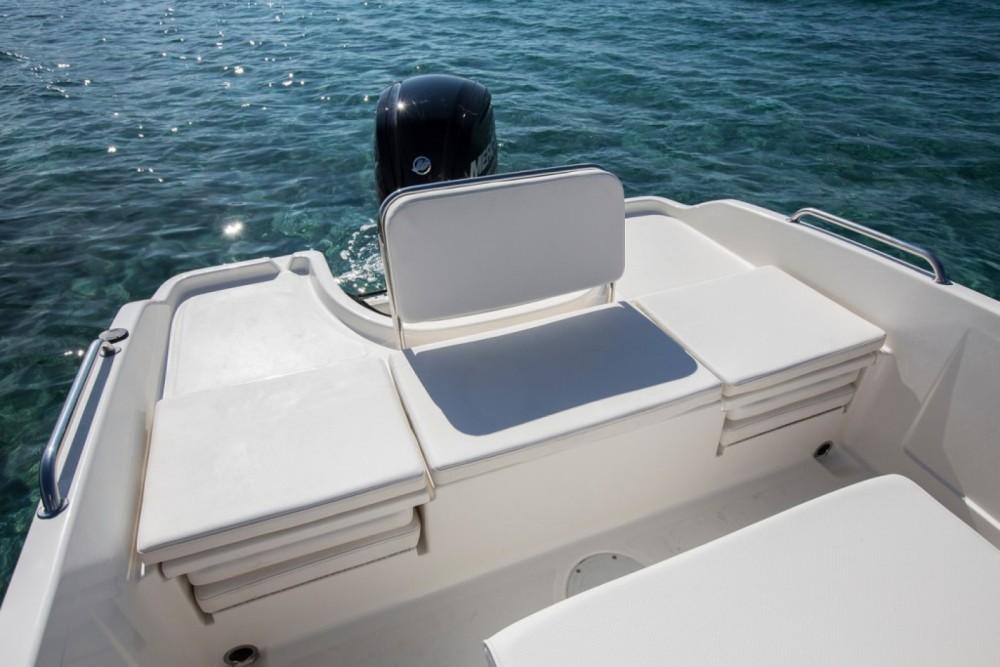 Boat rental Conflans-Sainte-Honorine cheap CC6