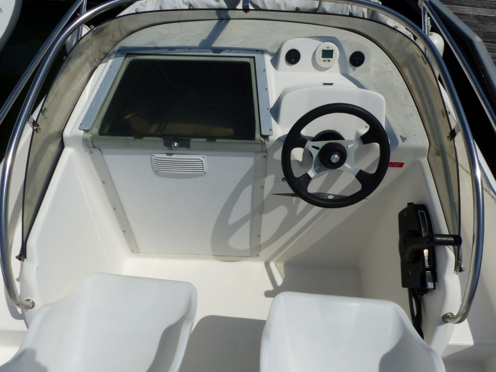 Hire Motor boat with or without skipper Ocqueteau Arcachon
