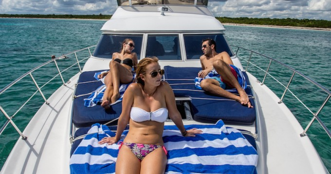 Hire Motorboat with or without skipper Sea Ray Puerto Aventuras