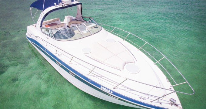 Boat rental Four Winns Four Wins Vista in Puerto Aventuras on Samboat