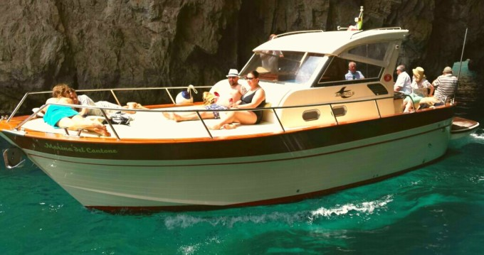 Hire Motorboat with or without skipper Aprea Marina del Cantone